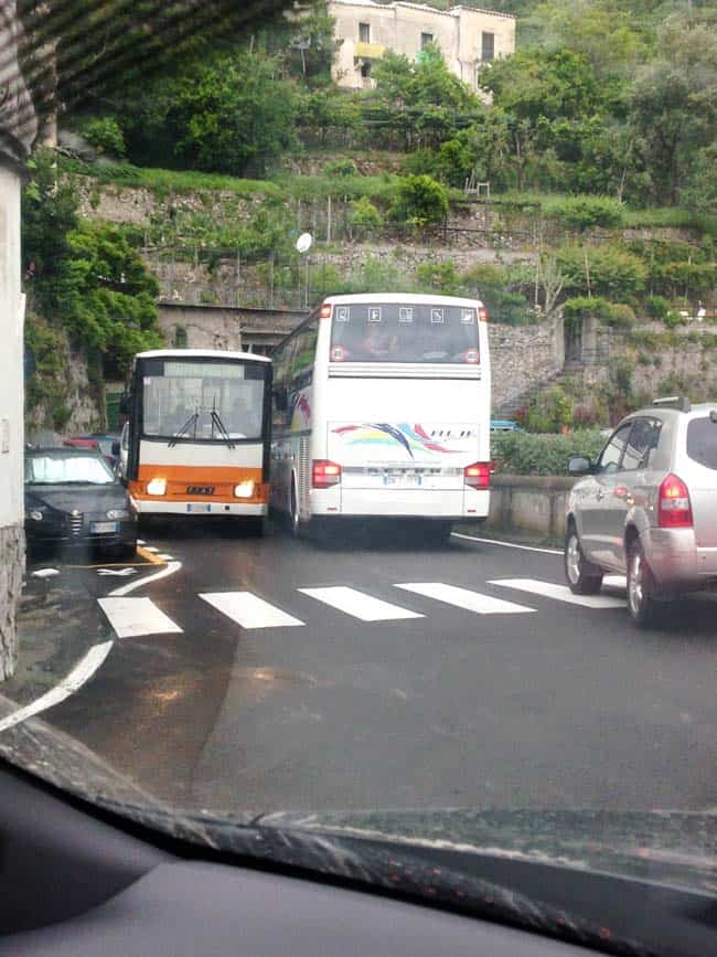 Tips for driving in Italy --buses