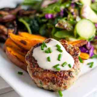 Healthy Open Face Thai Chicken Burgers. Quick and easy and very flavourful! |www.flavourandsavour.com