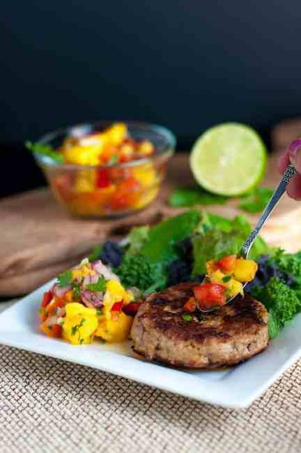 Chipotle Chicken Burgers with Fresh Peach Salsa. Easy 3-ingredient burgers and a refreshing peach salsa to serve alongside, or serve with Pineapple Jicama Salad. |www.flavourandsavour.com