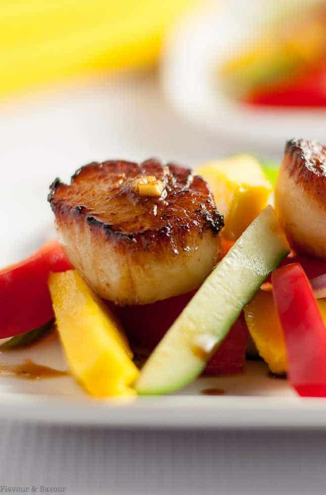 Seared Scallops with a simple mango salad