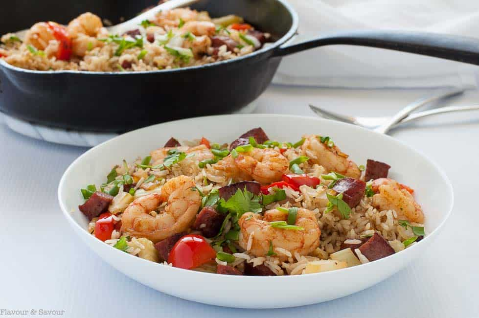 This hearty one-pot 30-minute Cajun Shrimp Fried Rice brings the fabulous spicy flavours of Louisiana to your dinner table! An easy full-flavoured recipe.