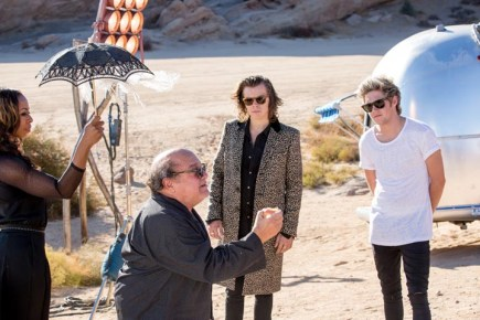 one-direction-steal-my-girl-bts-4