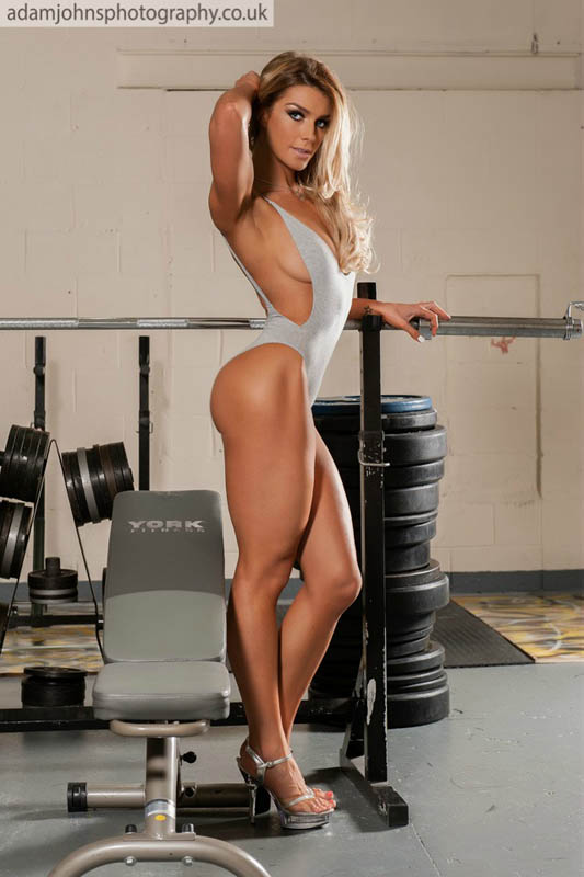 roxy winstanley sexy photo shoot flavourmag 2