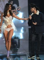 fashion-show-2015-musical-performer-the-weeknd-3-victorias-secret