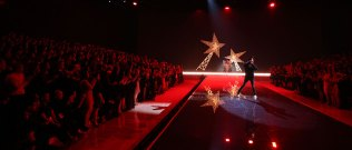 fashion-show-2015-musical-performer-the-weeknd-5-victorias-secret