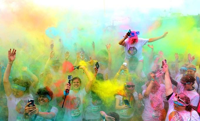 The Color Run Brighton 2016