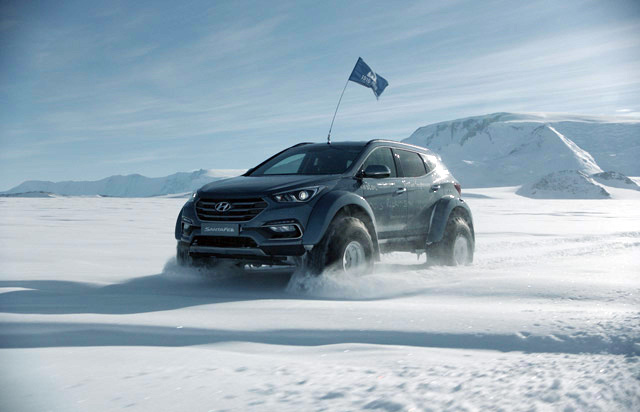 Hyundai Santa Fe becomes the first car to travel across the Antarctic