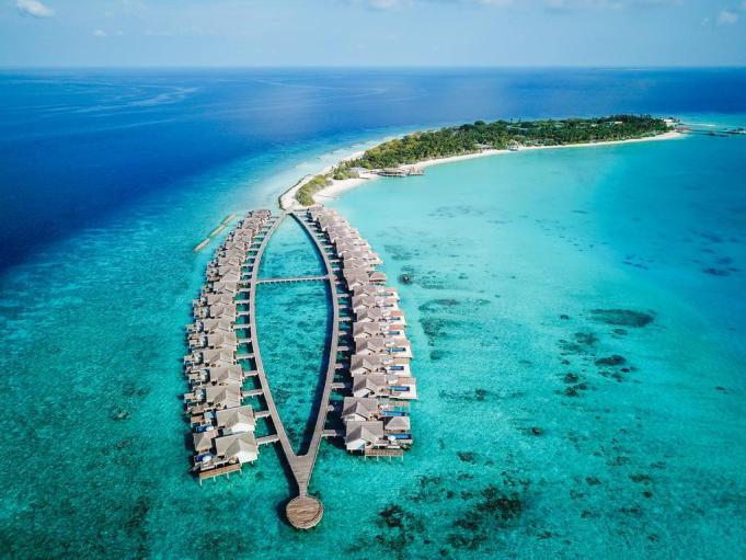 Fairmont Maldives, Sirru Fen Fushi -