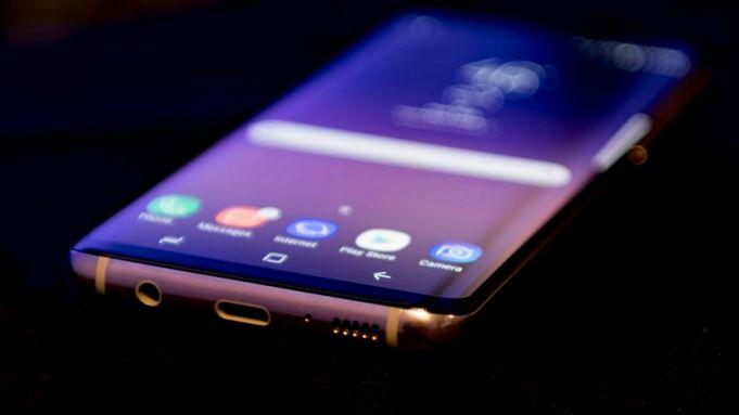 Samsung Galaxy S8 on EE mega deal
