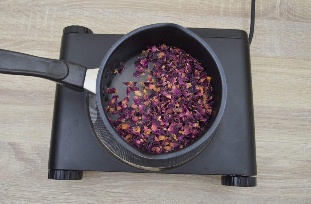 rose petals water and sugar boiling