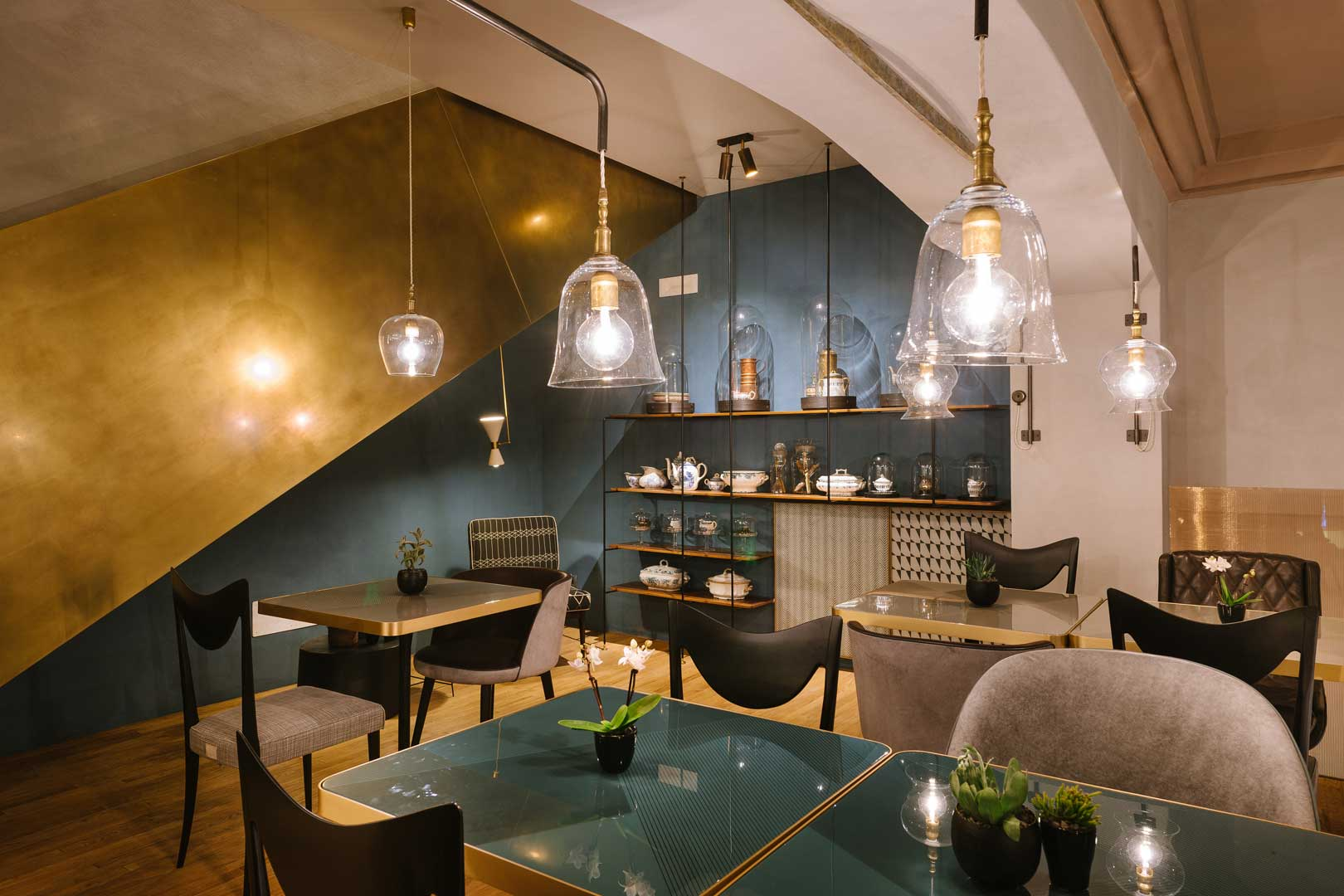 Cannavacciuolo Caf  Bistrot  Flawless Milano
