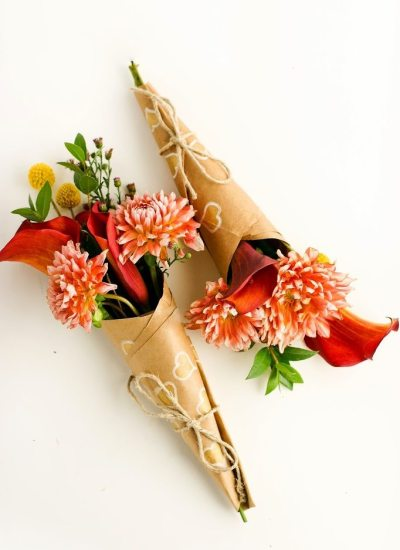 Spread Some Surprise Love – How to Wrap A Mini-Bouquet of Thanks DIY