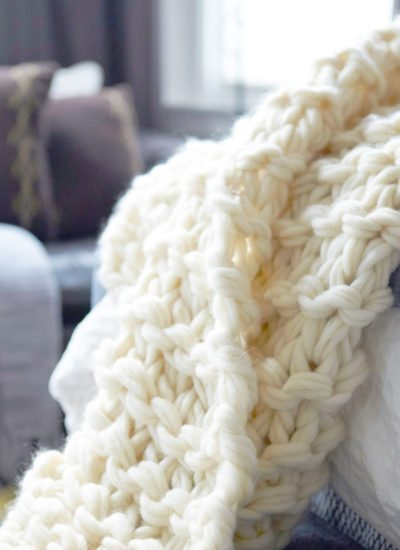 Arm Knit Blanket Tutorial and Giveaway