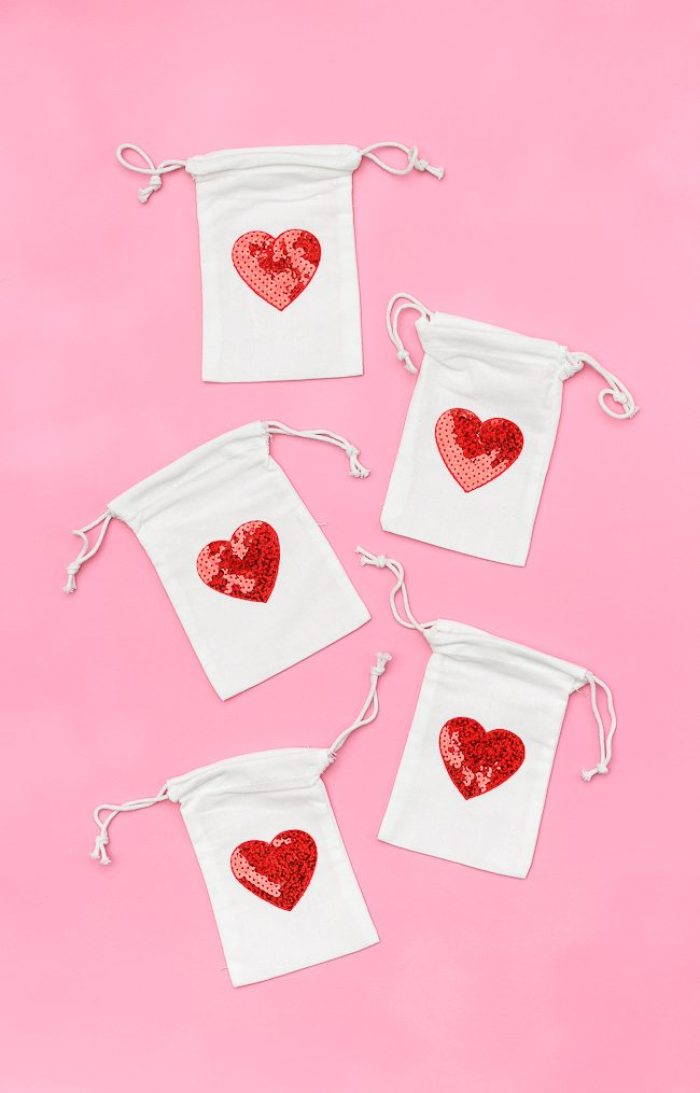 Heart Treat Bags - easy last minute Valentine's Day DIY