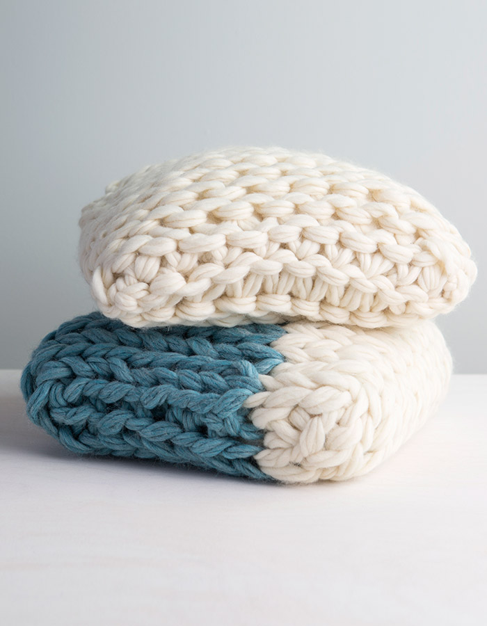 New Arm Throw Tricoter classe Oreiller sur Creativebug par Anne Weil de lin & Twine