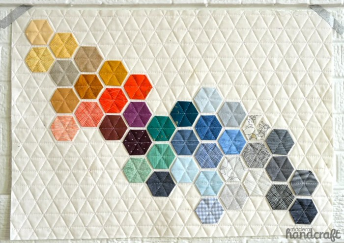 couverture patchwork multicolore sobre