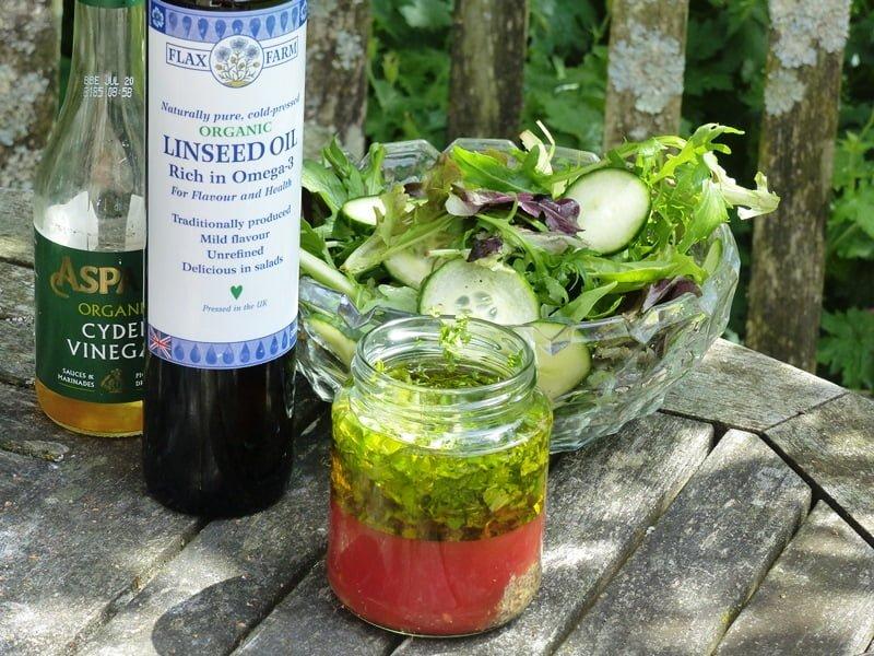 Flaxseed linseed salad dressing omega-3
