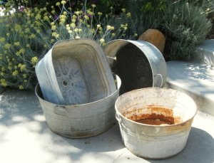 How to make a galvanized tub garden