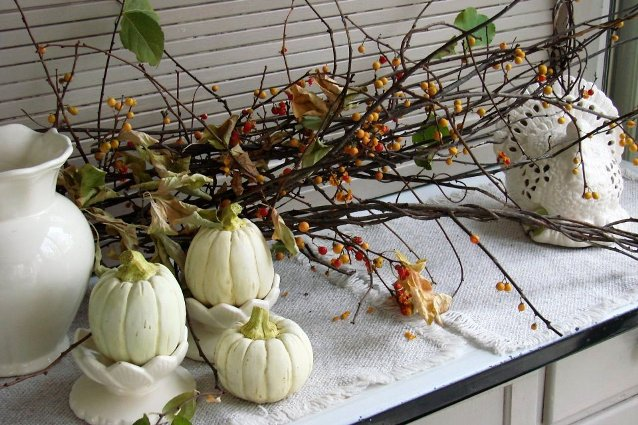 Jeanne Sammons's twigs and gourds