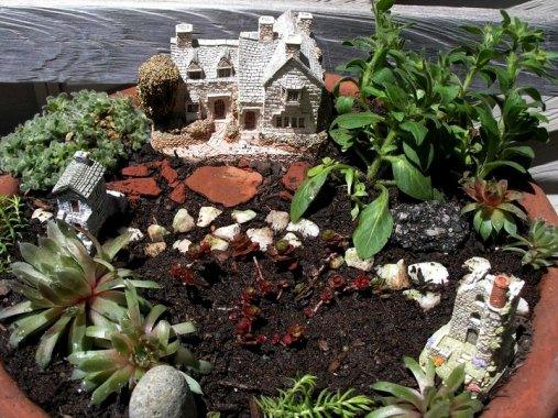 How To Creating A Flea Market Fairy Garden Flea Market
