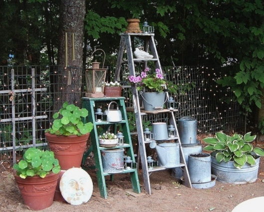 Di-Ellen Davenport's combination of old ladders and galvanized containers