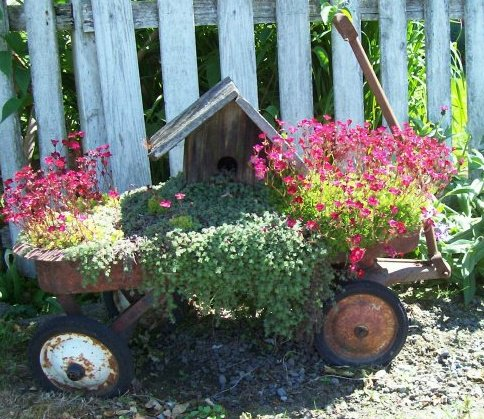 "Shirley's ""Welcome Wagon"" planter"