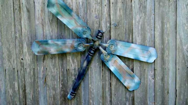 Making Dreamy Dragonflies For The Garden Flea Market