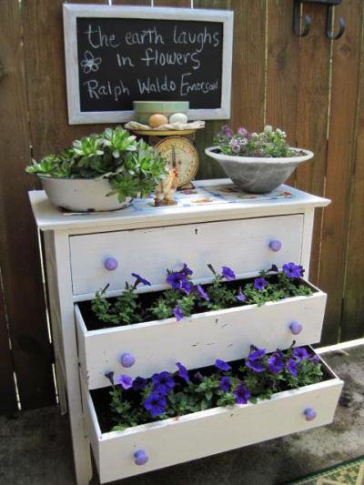 Jeanies garden dresser drawers  Flea Market Gardening