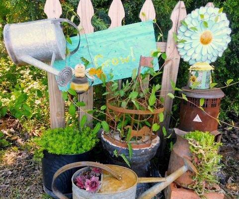 Funky Fusions Garden Art's vignette