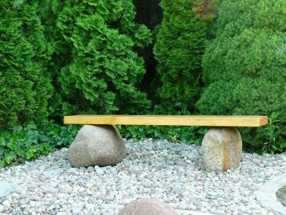Balanced bench