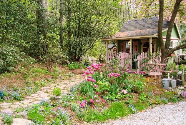 Barbara Stanley's dreamy fairytale cottage