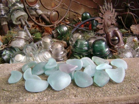 Marie Niemann's tumbled insulators