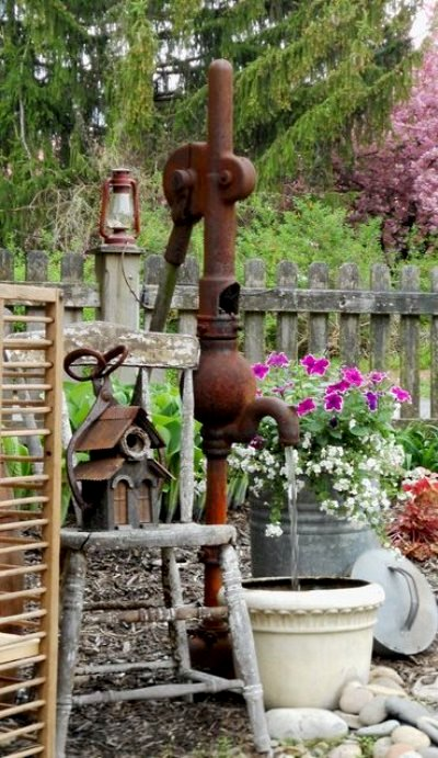 Annie Steen...another pump in our garden