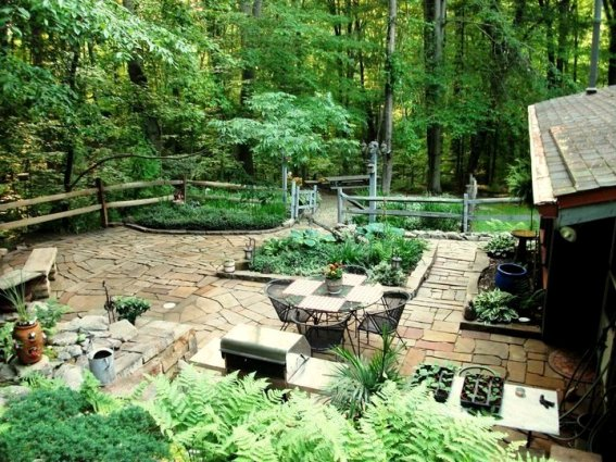 Cindy Trubisky's relaxing patio,...from above