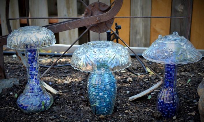 Marie Niemann's crystal mushrooms