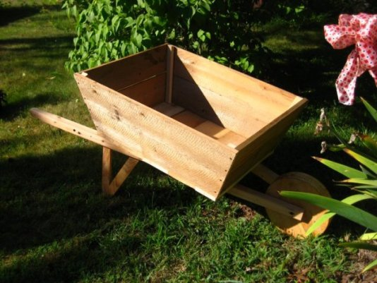 Nell Stelzer's father in law made this wooden wheelbarrow