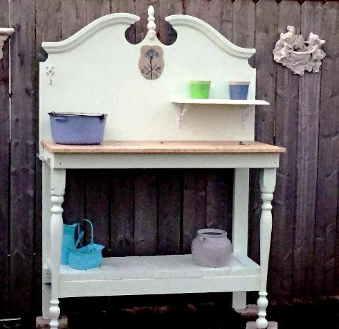 Rhonda Zwart-Crooks's new potting table!