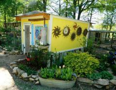 Dandi Gentry's chicken coop garden (19)