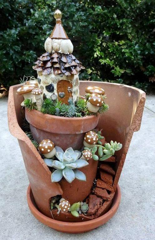 Jean Neuweg's fairy house in a pot