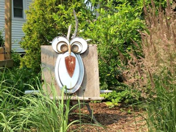 Debbie Shaule I have made a few owls for the garden