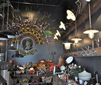 Flea market in Paris 39