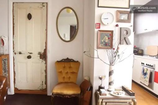 vintage airbnb appartment in Richmond, Australia