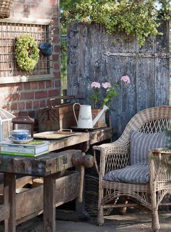 Vintage Garden Decor Ideas 001 Flea Market InsidersFlea Market