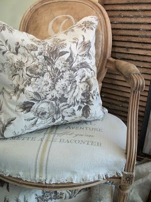 French Provincial Decor - Textile Furnishing