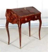 Pultschreibsekretär-i.-Louis-XV-Stil
