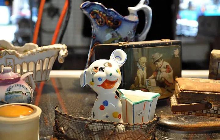 Flickr user Barbara Bresnahan © Brimfield Antique Show