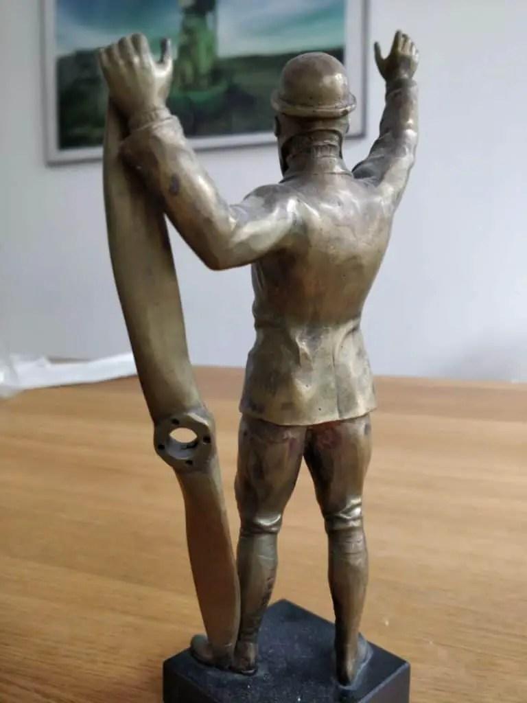 Art Deco bronze statue of a German WWI pilot with propeller 4