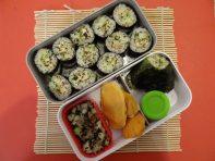 Fleanette's Kitchen - Makis, onigiri et salade de concombre