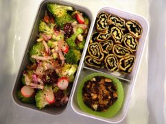 Fleanette's Kitchen - Salade de brocolis et Tamagoyaki