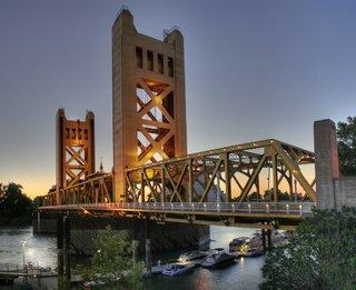 Ponte em Sacramento na Califórnia